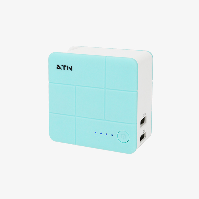 ATN  Universal Charger<br>Power Bank Combo